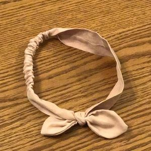Accessories - pale pink bow headband